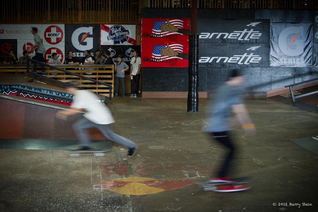 SkatersInMotion-8002