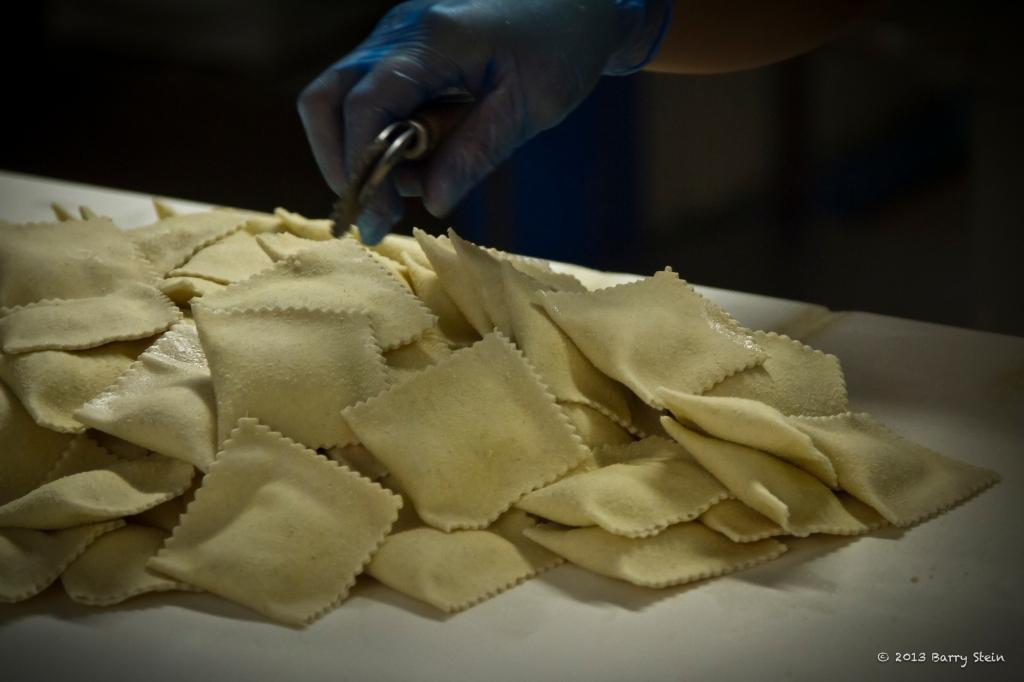 Making Ravioli2-9650
