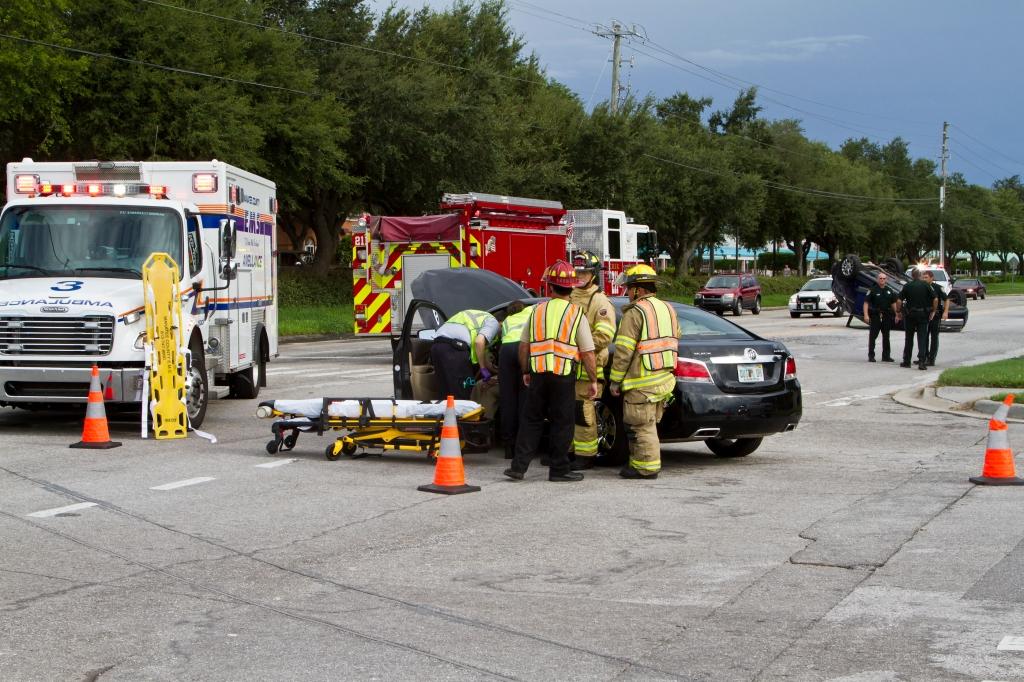 BradentonAccident10BothCars-4360