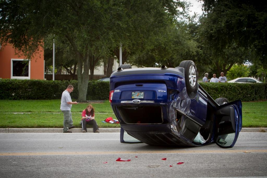 BradentonAccident19CoupleUpsideDown-4424