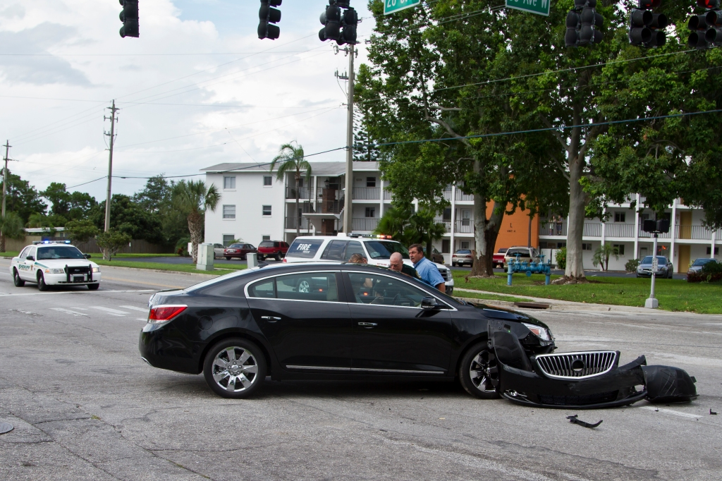 BradentonAccident2-4324