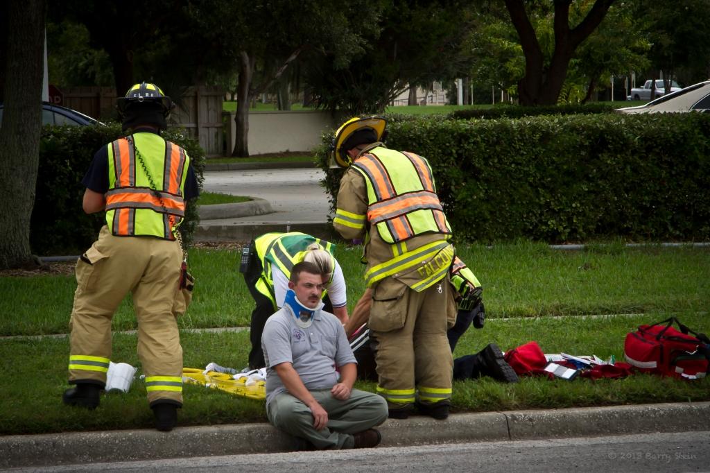 BradentonAccident27CrouchingHerosCloseUp-4485