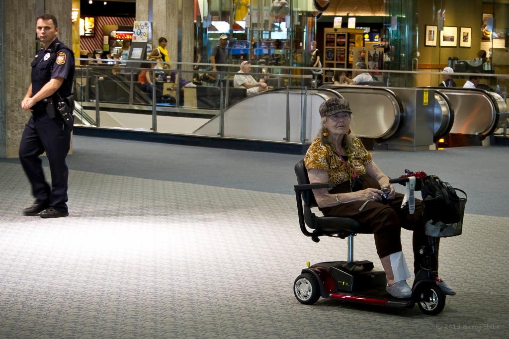 ScooterLady-4742