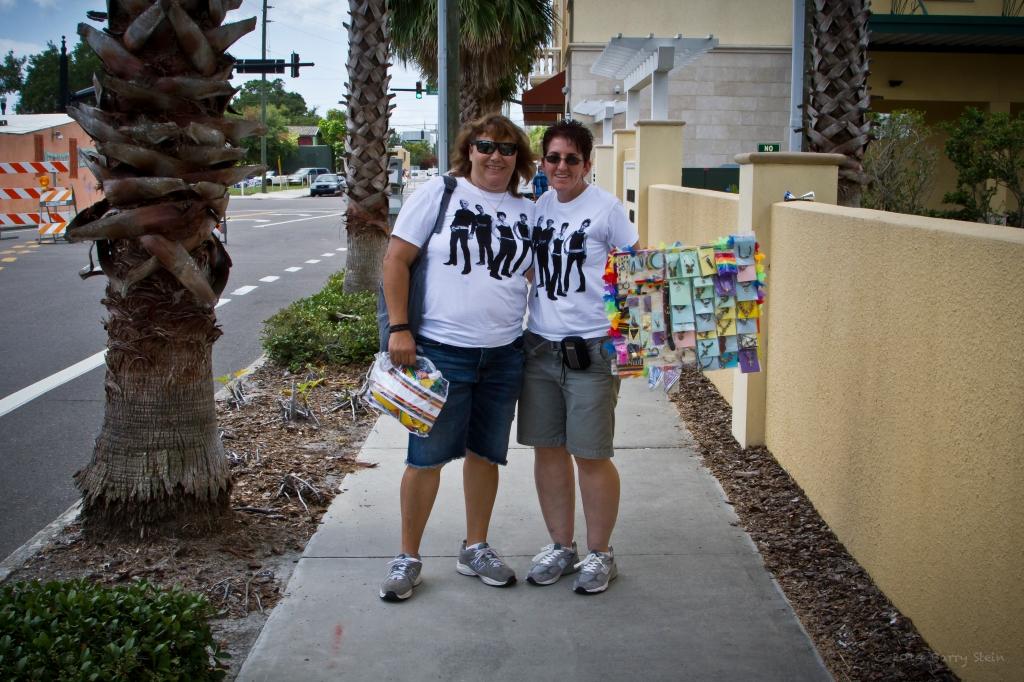 GayPrideBraceletsFromNewYork-4251