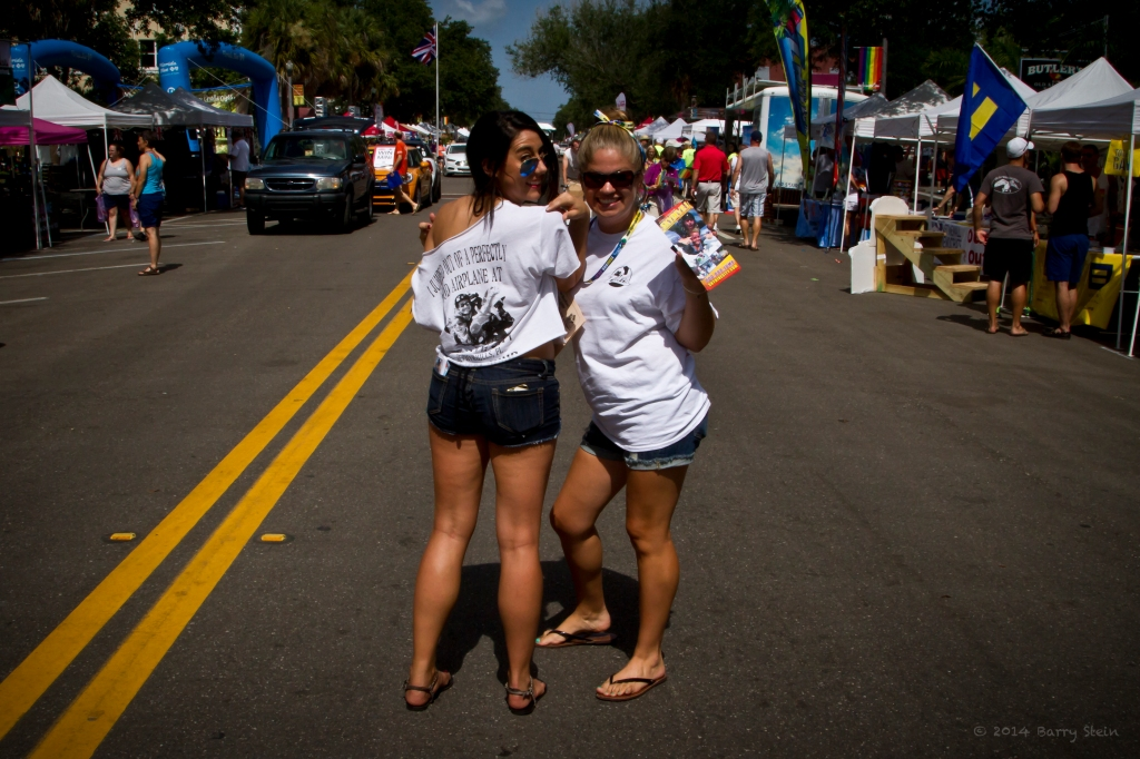 GayPrideSkyDivingGirls-4050